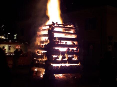 Le fiaccole magiche ad Abbadia in attesa del Natale
