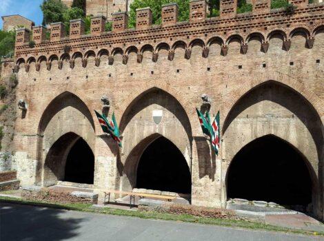 Una delle fonti di Siena maggiormente conosciuta: Fontebranda, la fonte di Santa Caterina